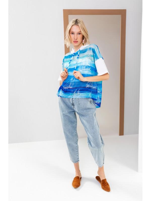 Desenli Kapüşonlu T-Shirt Mavi